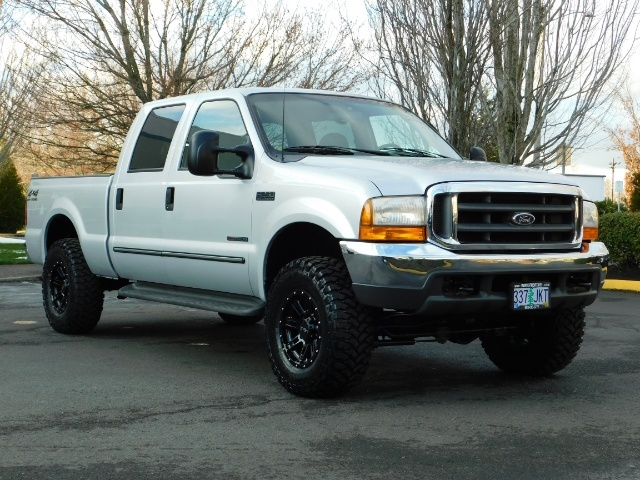 2000 Ford F-250 Super Duty XLT / 4X4 / 7.3L DIESEL / LIFTED LIFTED - Photo 2 - Portland, OR 97217