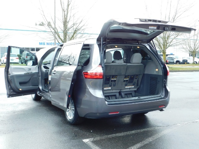 2016 Toyota Sienna XLE 8-Passenger / All Power Options / 1-OWNER - Photo 26 - Portland, OR 97217