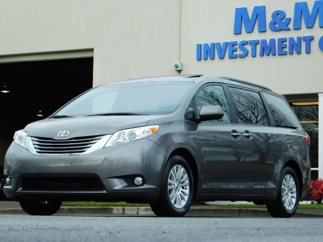 2016 Toyota Sienna XLE 8-Passenger / All Power Options / 1-OWNER - Photo 43 - Portland, OR 97217