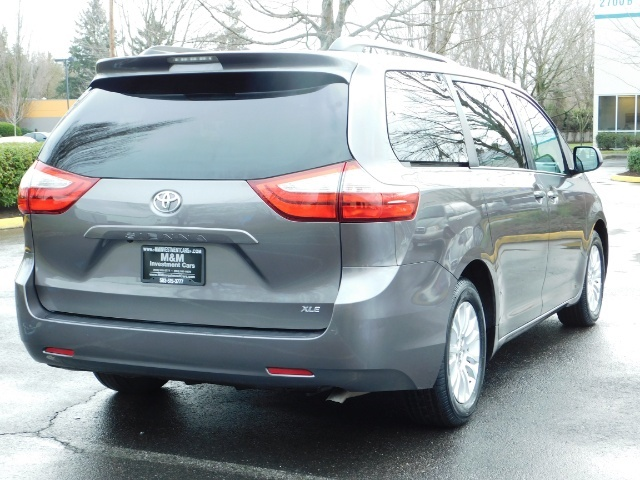 2016 Toyota Sienna XLE 8-Passenger / All Power Options / 1-OWNER - Photo 8 - Portland, OR 97217