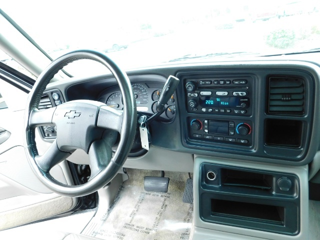 2003 Chevrolet Tahoe LT Z71  / Sport Utility / 4WD / Leather/ Sunroof - Photo 19 - Portland, OR 97217
