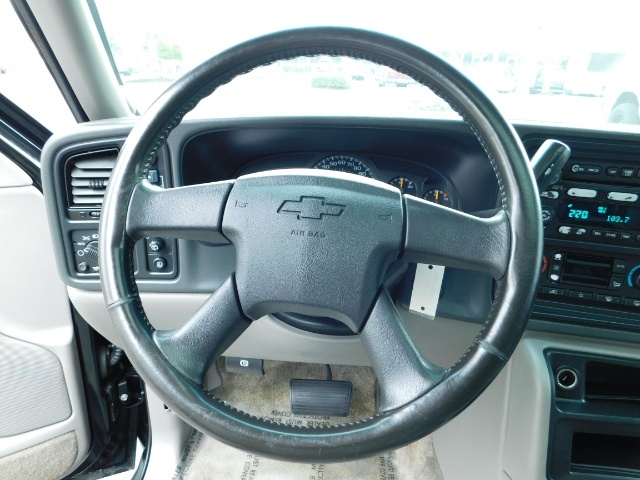 2003 Chevrolet Tahoe LT Z71  / Sport Utility / 4WD / Leather/ Sunroof - Photo 37 - Portland, OR 97217