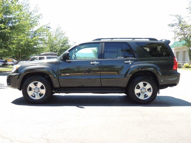 2006 Toyota 4Runner V6 4.0L / 4X4 / DIFF LOCK / 3RD SEATS / 1-OWNER - Photo 45 - Portland, OR 97217