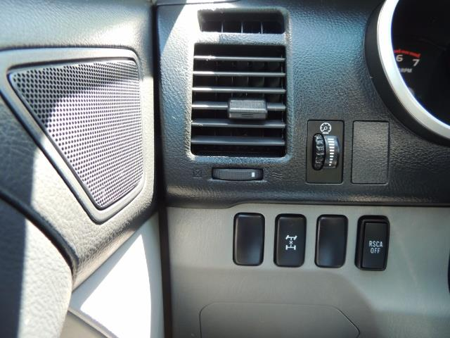 2006 Toyota 4Runner V6 4.0L / 4X4 / DIFF LOCK / 3RD SEATS / 1-OWNER - Photo 39 - Portland, OR 97217