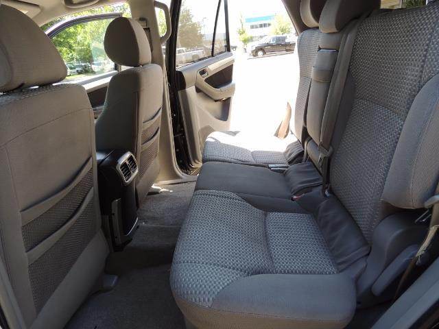 2006 Toyota 4Runner V6 4.0L / 4X4 / DIFF LOCK / 3RD SEATS / 1-OWNER - Photo 56 - Portland, OR 97217