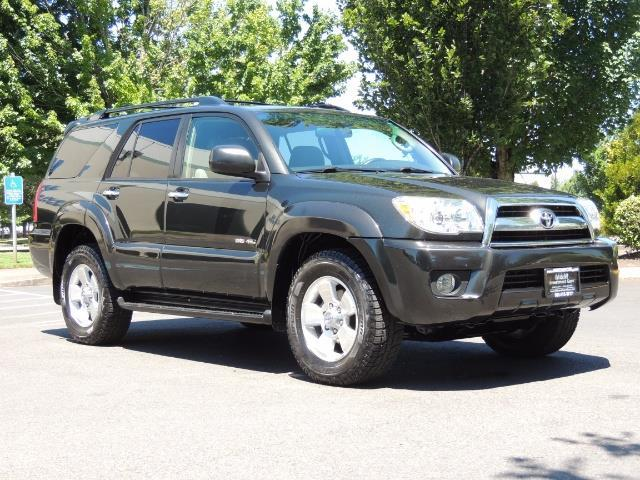 2006 Toyota 4Runner V6 4.0L / 4X4 / DIFF LOCK / 3RD SEATS / 1-OWNER - Photo 44 - Portland, OR 97217