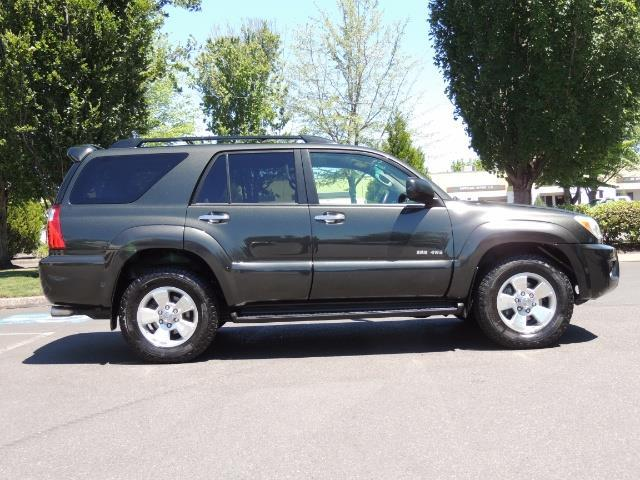 2006 Toyota 4Runner V6 4.0L / 4X4 / DIFF LOCK / 3RD SEATS / 1-OWNER - Photo 46 - Portland, OR 97217