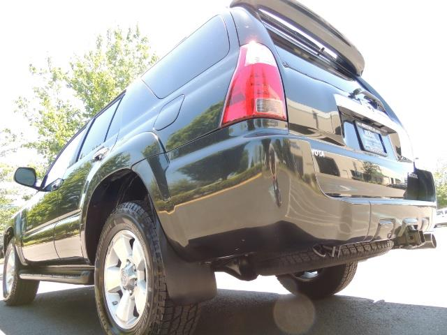 2006 Toyota 4Runner V6 4.0L / 4X4 / DIFF LOCK / 3RD SEATS / 1-OWNER - Photo 11 - Portland, OR 97217