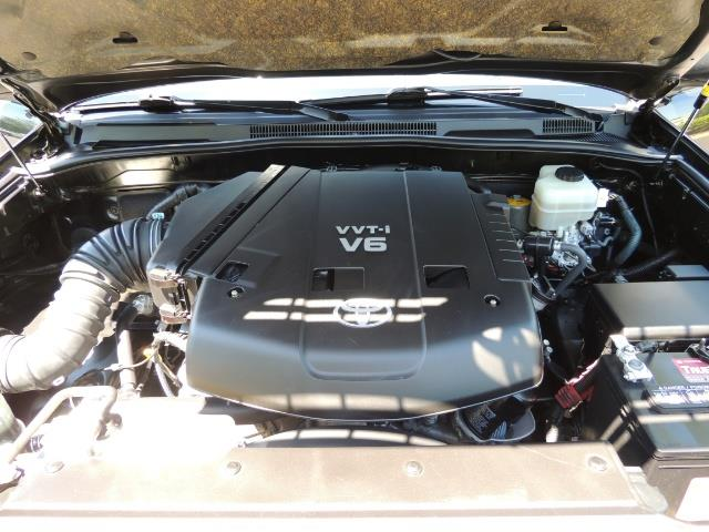 2006 Toyota 4Runner V6 4.0L / 4X4 / DIFF LOCK / 3RD SEATS / 1-OWNER - Photo 30 - Portland, OR 97217