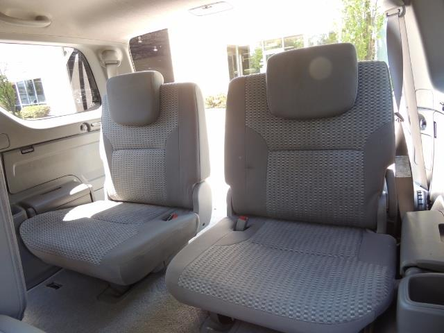 2006 Toyota 4Runner V6 4.0L / 4X4 / DIFF LOCK / 3RD SEATS / 1-OWNER - Photo 15 - Portland, OR 97217