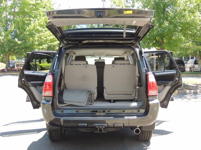 2006 Toyota 4Runner V6 4.0L / 4X4 / DIFF LOCK / 3RD SEATS / 1-OWNER - Photo 23 - Portland, OR 97217