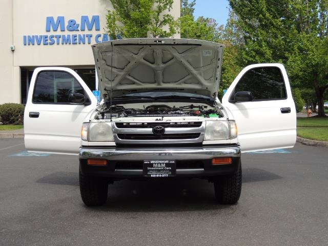 1999 Toyota Tacoma Extended Cab Automatic 2WD  Clean Title 159k Miles - Photo 33 - Portland, OR 97217