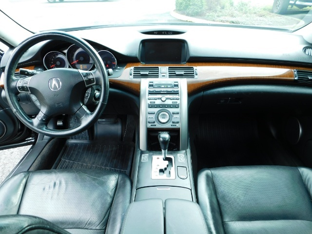 2008 Acura RL SH-AWD w/CMBS w/Pax Tires / Leather / Htd Seats - Photo 19 - Portland, OR 97217