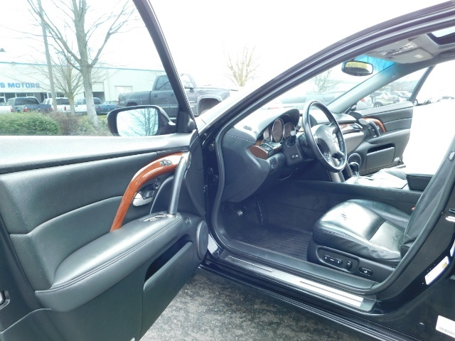 2008 Acura RL SH-AWD w/CMBS w/Pax Tires / Leather / Htd Seats - Photo 13 - Portland, OR 97217