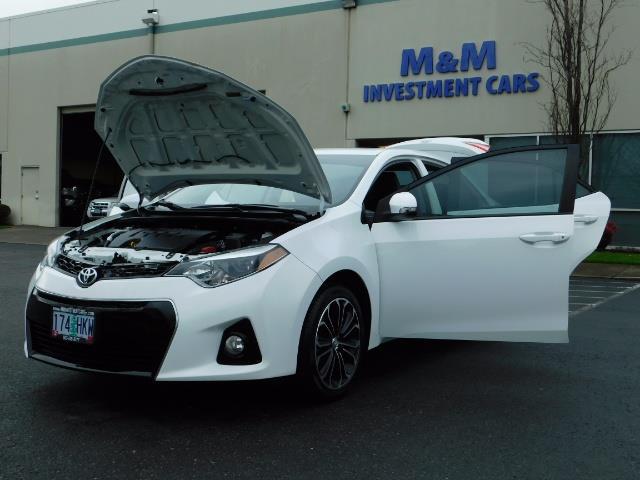 2015 Toyota Corolla S Plus SPORT SEDAN / 6-Speed CVT / FULLY LOADED - Photo 33 - Portland, OR 97217