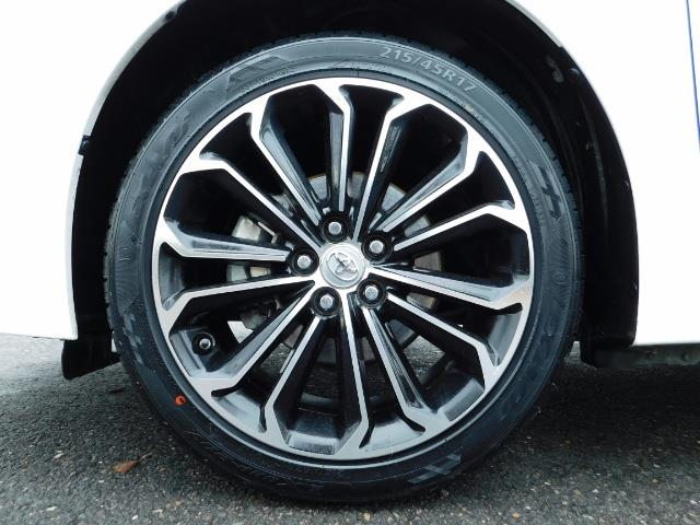 2015 Toyota Corolla S Plus SPORT SEDAN / 6-Speed CVT / FULLY LOADED - Photo 23 - Portland, OR 97217