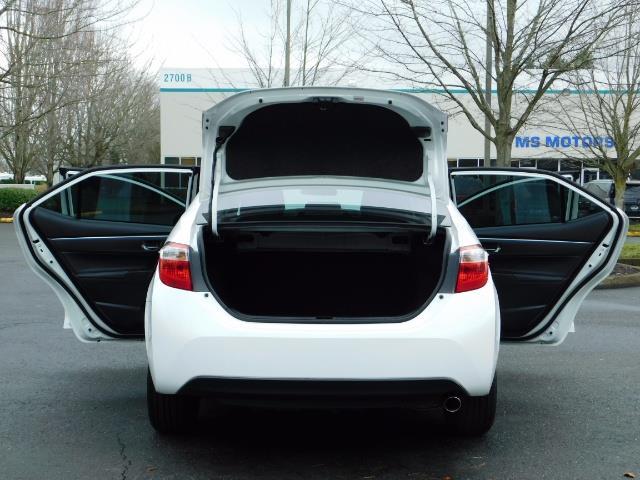 2015 Toyota Corolla S Plus SPORT SEDAN / 6-Speed CVT / FULLY LOADED - Photo 27 - Portland, OR 97217