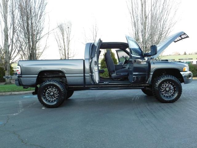 2002 Dodge Ram 2500 SLT Plus 4dr / 4X4 / 5.9L Cummins Diesel / LIFTED - Photo 24 - Portland, OR 97217