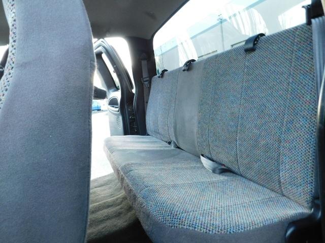 2002 Dodge Ram 2500 SLT Plus 4dr / 4X4 / 5.9L Cummins Diesel / LIFTED - Photo 13 - Portland, OR 97217