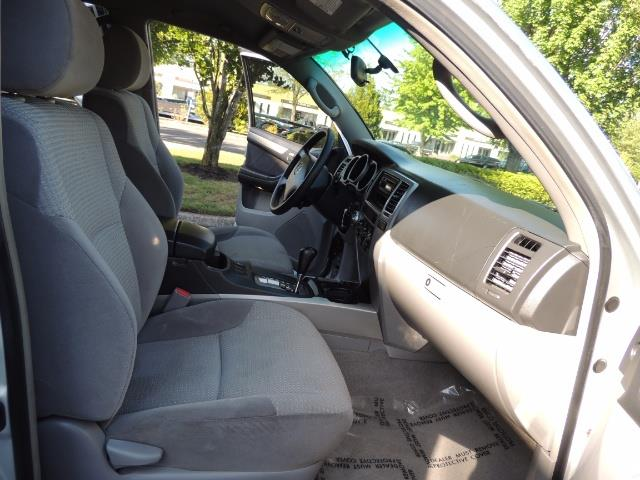"""2004 Toyota 4Runner SR5 6Cyl 4WD 2-Owner Third Row Seats LIFTED 33 """"Mud - Photo 18 - Portland, OR 97217"""