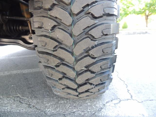 """2004 Toyota 4Runner SR5 6Cyl 4WD 2-Owner Third Row Seats LIFTED 33 """"Mud - Photo 21 - Portland, OR 97217"""