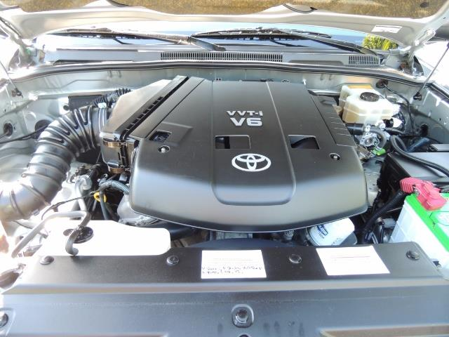 """2004 Toyota 4Runner SR5 6Cyl 4WD 2-Owner Third Row Seats LIFTED 33 """"Mud - Photo 12 - Portland, OR 97217"""