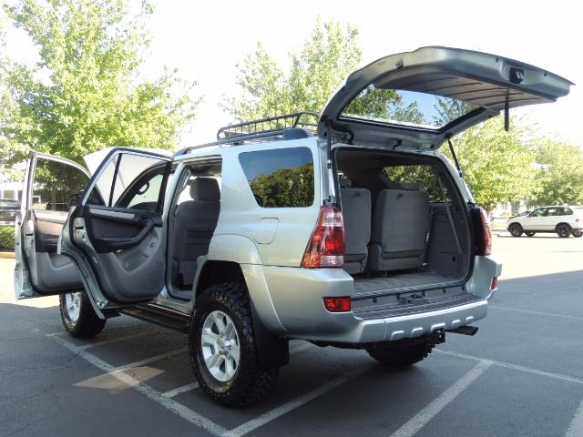 """2004 Toyota 4Runner SR5 6Cyl 4WD 2-Owner Third Row Seats LIFTED 33 """"Mud - Photo 25 - Portland, OR 97217"""