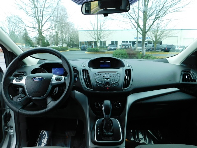 2013 Ford Escape SE / Sport Utility / 4Cyl 2.0 Liter / AWD / Excel - Photo 35 - Portland, OR 97217