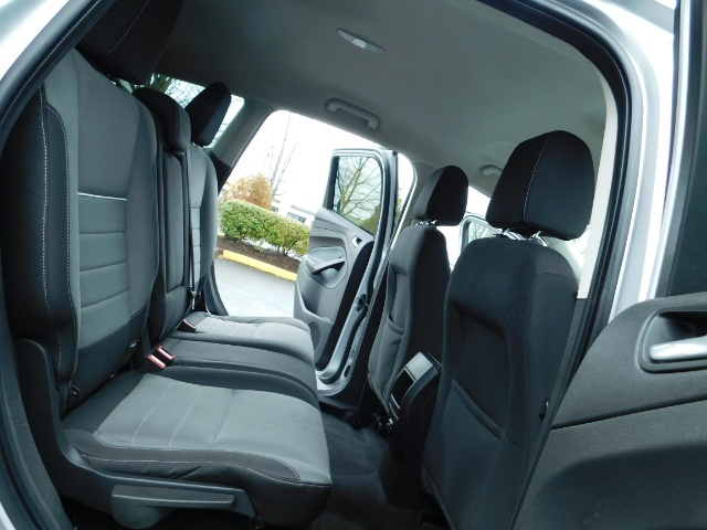 2013 Ford Escape SE / Sport Utility / 4Cyl 2.0 Liter / AWD / Excel - Photo 16 - Portland, OR 97217