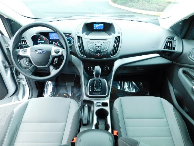 2013 Ford Escape SE / Sport Utility / 4Cyl 2.0 Liter / AWD / Excel - Photo 19 - Portland, OR 97217