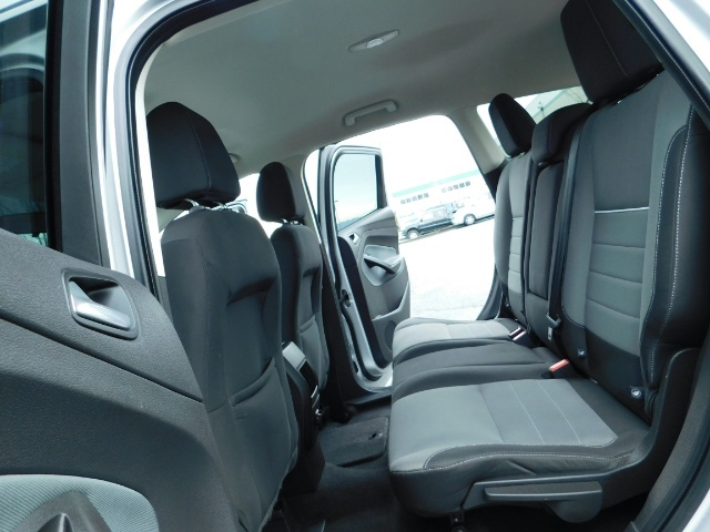 2013 Ford Escape SE / Sport Utility / 4Cyl 2.0 Liter / AWD / Excel - Photo 15 - Portland, OR 97217