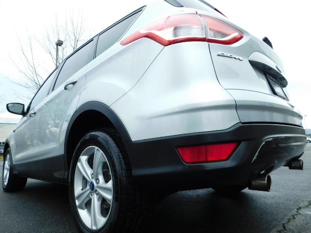2013 Ford Escape SE / Sport Utility / 4Cyl 2.0 Liter / AWD / Excel - Photo 12 - Portland, OR 97217
