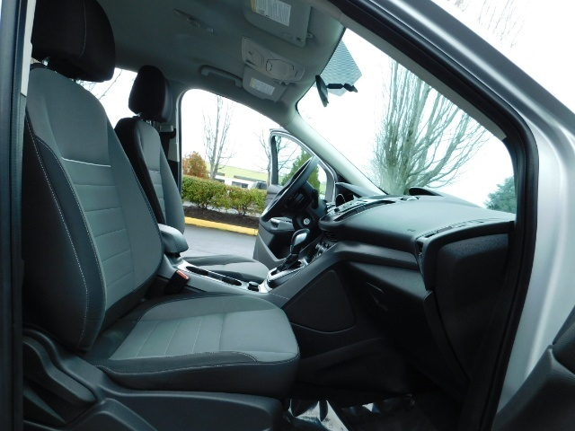 2013 Ford Escape SE / Sport Utility / 4Cyl 2.0 Liter / AWD / Excel - Photo 17 - Portland, OR 97217