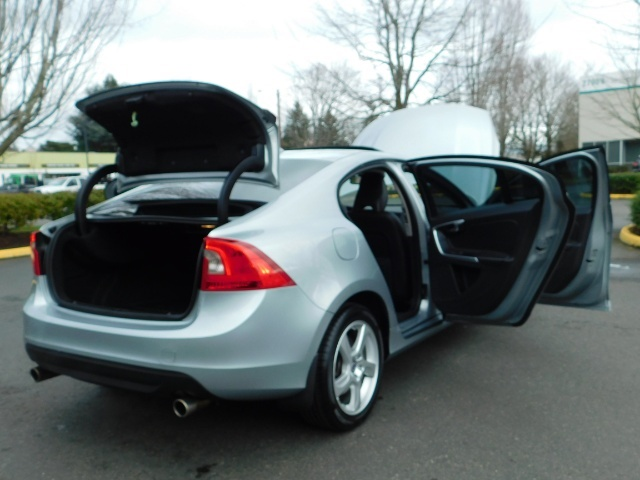 2013 Volvo S60 T5 Premier / AWD / Leather / Heated seats / 44K mi - Photo 39 - Portland, OR 97217