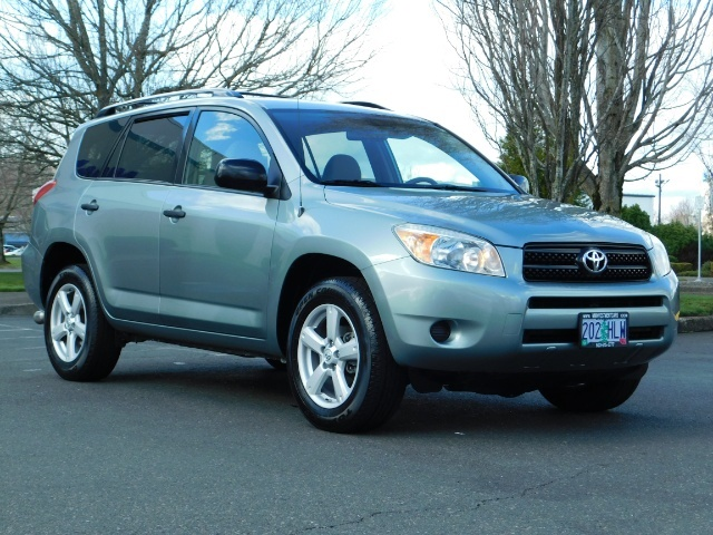 2007 Toyota RAV4 4dr SUV 4Cyl AWD Gas Saver 25MPG 25Service Records - Photo 2 - Portland, OR 97217