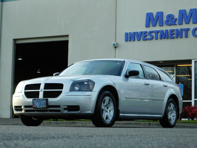 2005 Dodge Magnum SXT / Wagon / Leather / New Tires / Excel Cond - Photo 1 - Portland, OR 97217