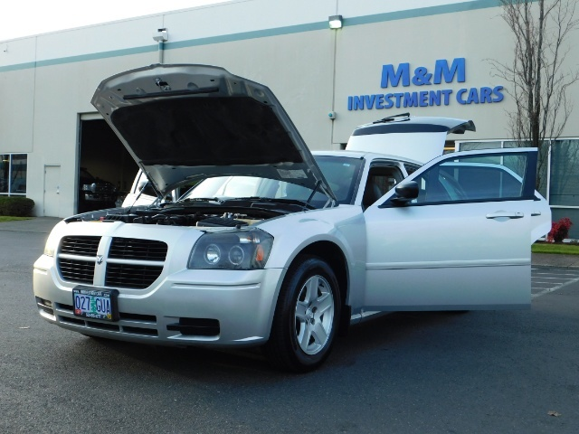 2005 Dodge Magnum SXT / Wagon / Leather / New Tires / Excel Cond - Photo 25 - Portland, OR 97217