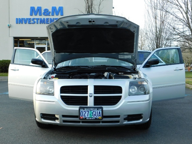 2005 Dodge Magnum SXT / Wagon / Leather / New Tires / Excel Cond - Photo 31 - Portland, OR 97217