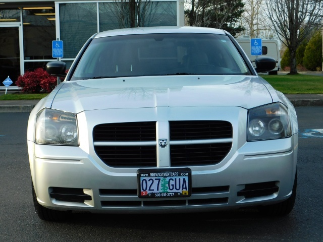 2005 Dodge Magnum SXT / Wagon / Leather / New Tires / Excel Cond - Photo 5 - Portland, OR 97217