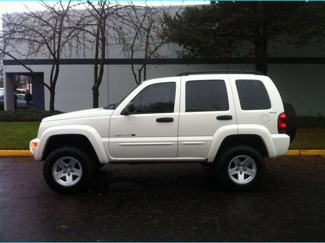 Captivating 2002 Jeep Liberty Limited   Photo 2   Portland, OR 97217