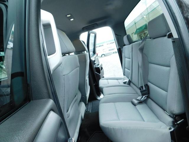 2016 Chevrolet Silverado 1500 Double Cab 4-Door / 4X4 / 8Cyl 5.3L / ONLY 16K MI - Photo 14 - Portland, OR 97217