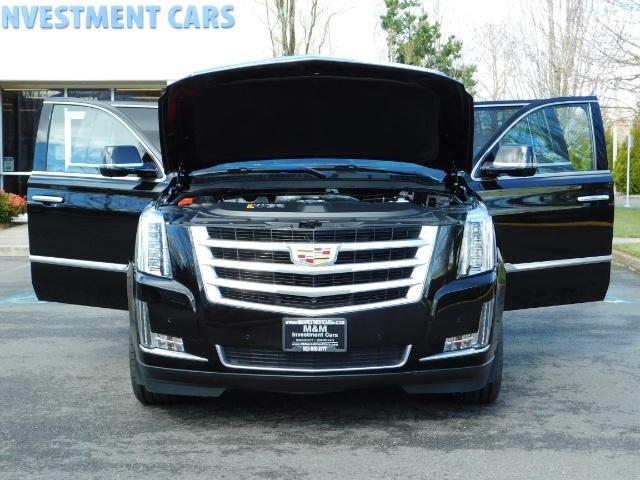 2017 Cadillac Escalade ESV / AWD / PURE LUXURY / LWB / FULL WARRANTY - Photo 29 - Portland, OR 97217