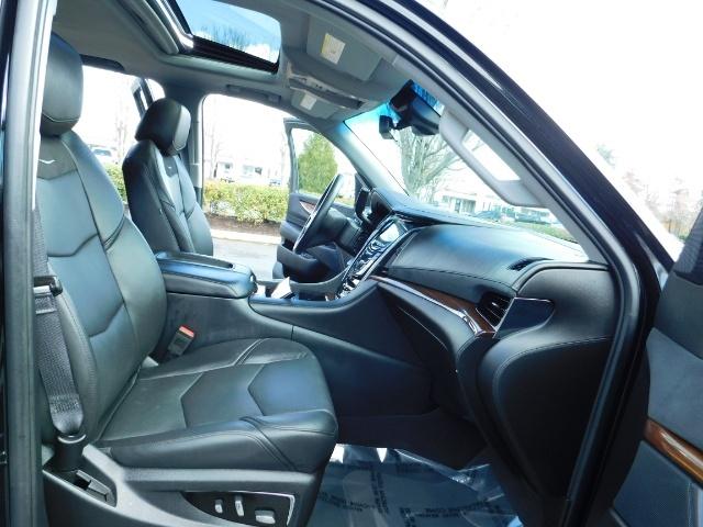 2017 Cadillac Escalade ESV / AWD / PURE LUXURY / LWB / FULL WARRANTY - Photo 17 - Portland, OR 97217