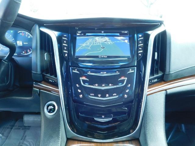 2017 Cadillac Escalade ESV / AWD / PURE LUXURY / LWB / FULL WARRANTY - Photo 35 - Portland, OR 97217