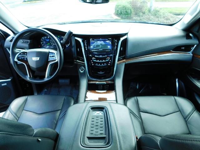 2017 Cadillac Escalade ESV / AWD / PURE LUXURY / LWB / FULL WARRANTY - Photo 19 - Portland, OR 97217