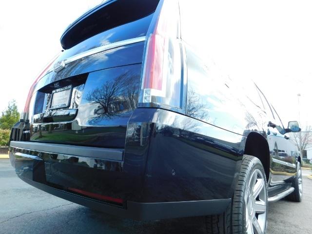 2017 Cadillac Escalade ESV / AWD / PURE LUXURY / LWB / FULL WARRANTY - Photo 11 - Portland, OR 97217