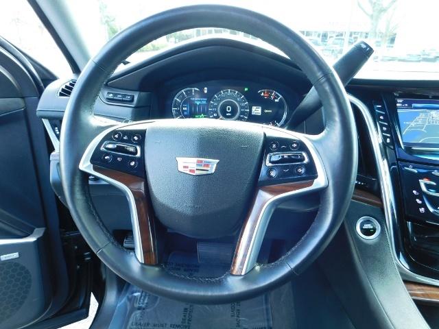 2017 Cadillac Escalade ESV / AWD / PURE LUXURY / LWB / FULL WARRANTY - Photo 38 - Portland, OR 97217
