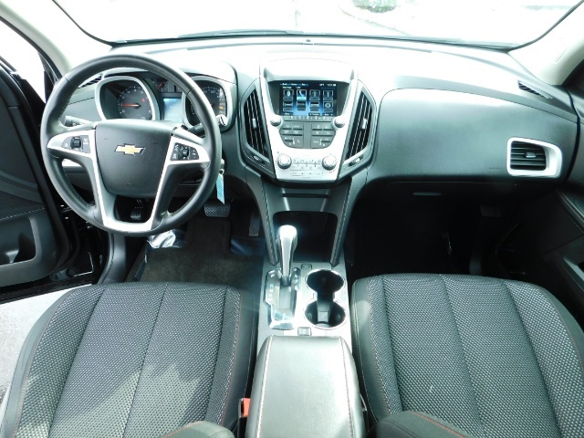 2013 Chevrolet Equinox LT / Sport Utility / AWD / Backup Camera / Low Mil - Photo 18 - Portland, OR 97217
