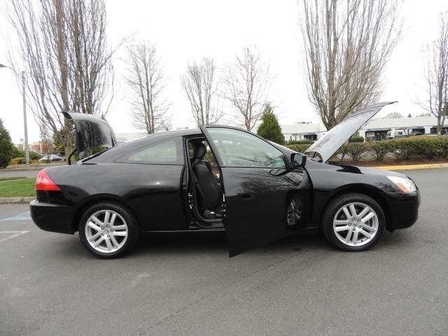 2003 Honda Accord Coupe Interior