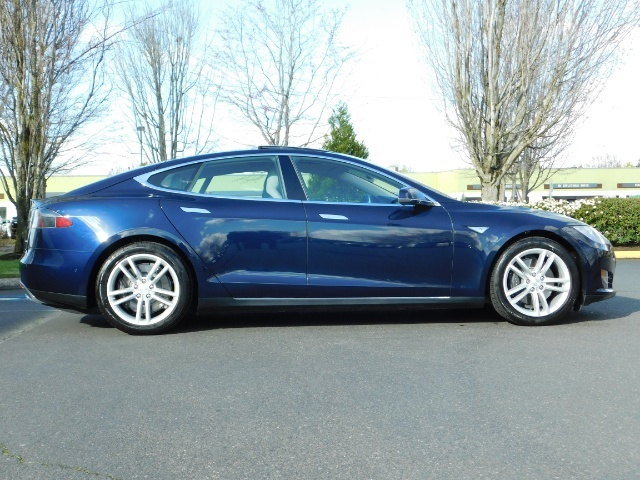 2015 Tesla Model S 85D / Sedan / AWD / Auto Pilot / ONLY 5000 MILES - Photo 4 - Portland, OR 97217